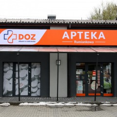 Oznakowanie apteki w Ustroniu