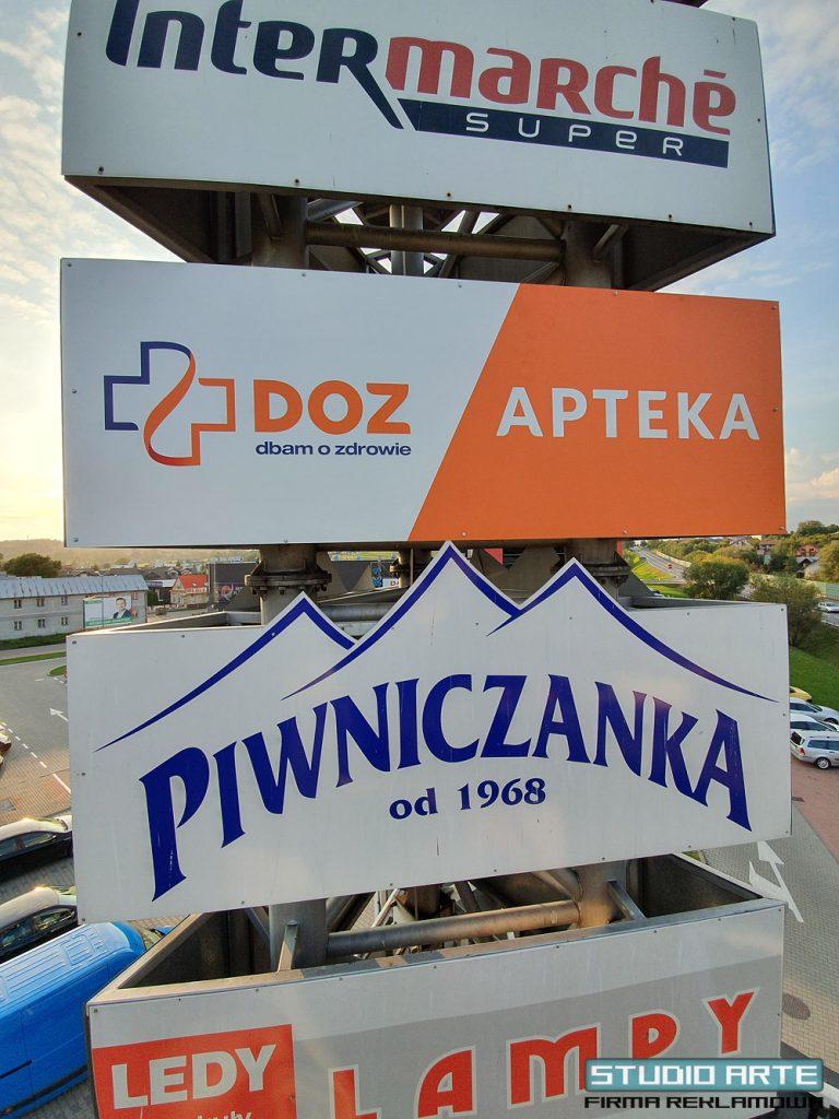 Wykonanie i montaż planszy reklamowej w miejscowości Brzesko